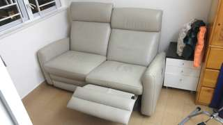 Giormani power full leather recliner sofa茲曼尼真皮電動梳化 9成新