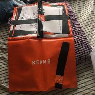時裝品牌Beams既書套..?