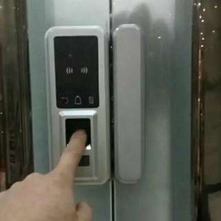 With installation finger print glass door digital lock