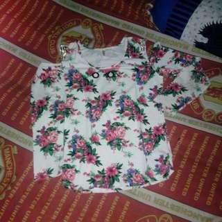 blouse bunga