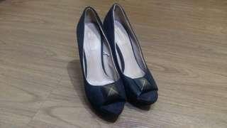 ZARA TRF black stiletto