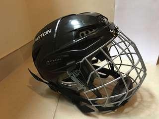 Easton hockey helmet (sz XS, 51-54