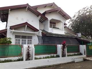Rumah asri di sektor 2 bintaro