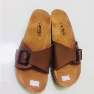 A08 - Cardella Sandals