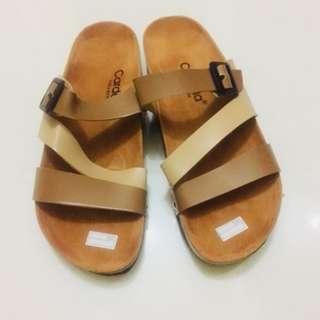A08 - Cardella Triple Sandals