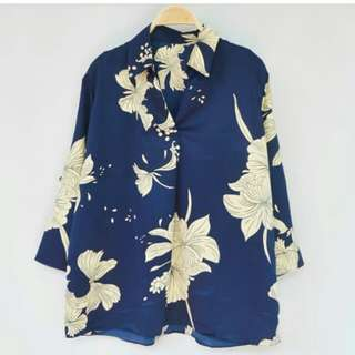 Poppy v blouse