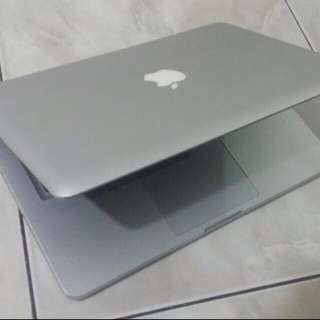Macbook Pro.mid2009 core2duo 320gb hdd 4gb ram