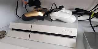 Playstation 4 PS4 500gb White