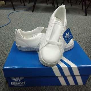 Sepatu Adidas Neo Blazer Full White uk.39