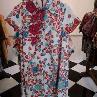 Dress model krah Sanghai