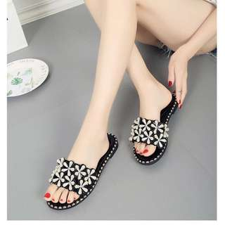 (35~40) Slipper female summer flat with fashion pearl flowers flip flops flat beach sandals and slippers