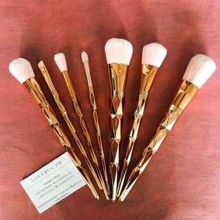 7 PCS Metallic MAKEUP BRUSHES