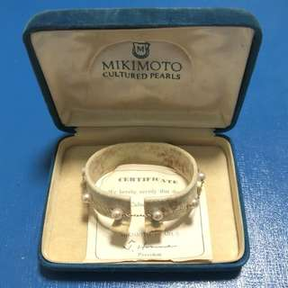 Vintage Mikimoto Cultured Pearls 18K Gold Bracelet