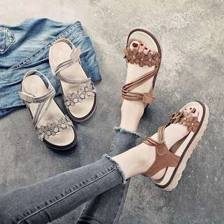 Sandals women summer song cake platform shoes Korean version of wild flowers retro Roman shoes beach shoes