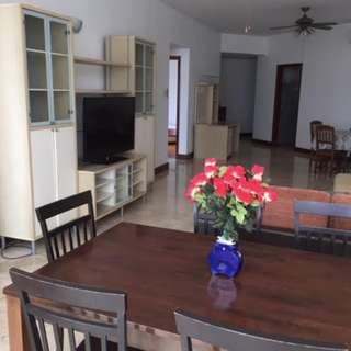 3 bedroom Condo for Rent @ Parc Oasis