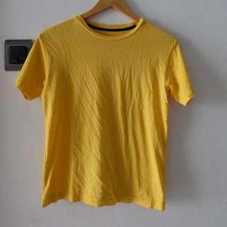 Yellow shirt giordano