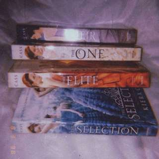 (RUSH!!!) Pre-loved books. Selection Series by Kiera Cass