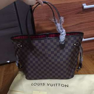Louis Vuitton Neverfull Medium Damier Ebene