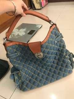 (SUPER GOOD) blue jeans quilted hand/shoulder bag