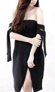 Sabrina tird black dress