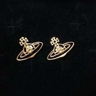Vivienne Westwood earrings (耳環)