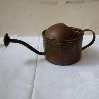 歐盟生產黃銅淋花水壺