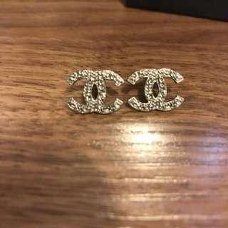 Chanel耳環一對