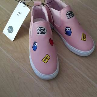 "Shoes for Kids ""Daiz"" size 30 From Korea"