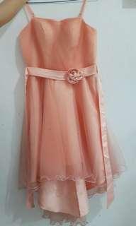 Gaun Peach