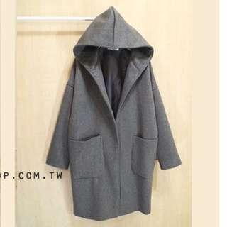 韓。60%柔順羊絨大口袋連帽外套。灰色
