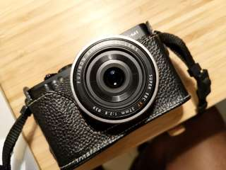 Fujifilm XM1 with Kit Lens