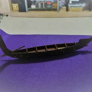 New Zealand Maori War Canoe (Article offered on Basis on Self-collection) 50 cm long
