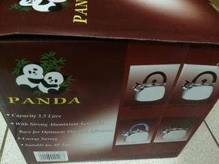 Panda whistling kettle