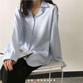 🚚 淺藍條紋襯衫