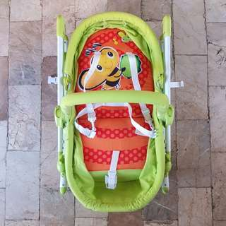 2 IN 1 BASSINET ROCKING CHAIR