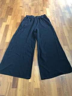 BN Culottes Wide Leg Flowy Pants