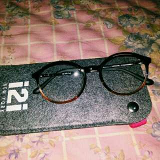 i2i New York Eyeglasses