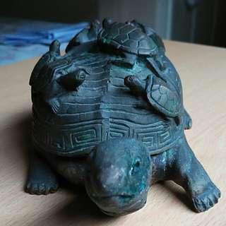 Brass Turtle plus 8