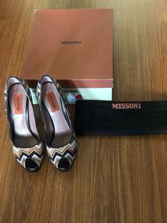 MISSONI Chevron Print Peep Toe Pumps