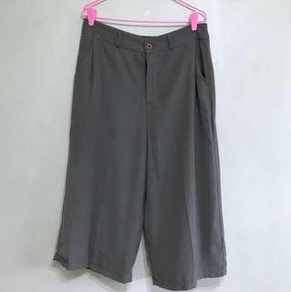 Grey/olive culottes