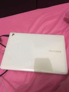Laptop Samsung (Net & no barter)