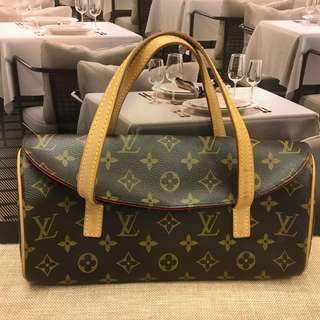 三月優惠貨品Louis Vuitton Handbag