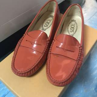 TOD'S  豆豆鞋 女裝