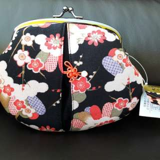 Japanese Flowery Pouch