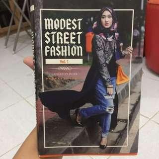 Buku fashion design