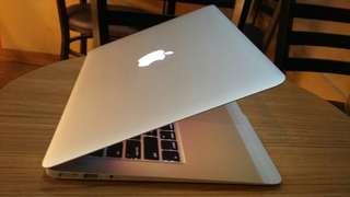Macbook air core i5 ram4gb ssd256gb 13inch 2014