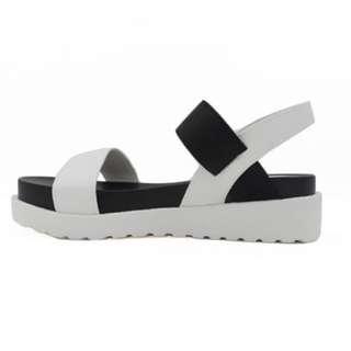 Platform Sandals By Buckle Up