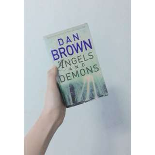 Dan Brown: Angels & Demons