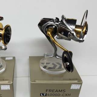 New & Just In Place.! 'Daiwa' LIGHT TOUGH Spinning Reel- FREAMS LT 4000D-CXH. (Reel Wt: 240g, Gear ratio: 6.2:1, Max drag: 12kg)
