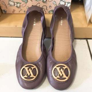 專櫃 viina 摺鞋